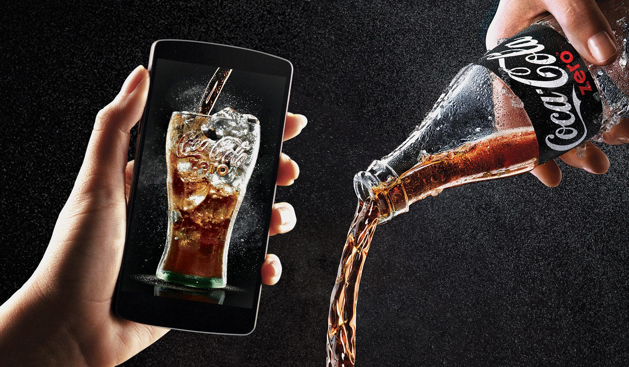 COCA COLA FIRST EVER DRINKABLE AD CAMPAIGN